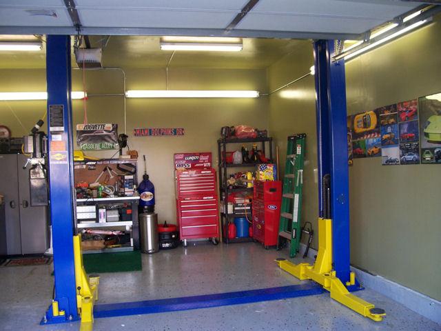 Auto Lift Truck Lift Car Lift Scissor Lift 2 Post Lift 4